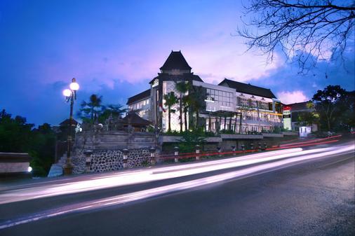 登巴薩 NEO 酒店 - 登巴薩 - 登巴薩 - 建築