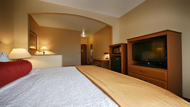 Best Western Plus Ellensburg Hotel - Ellensburg - Bedroom