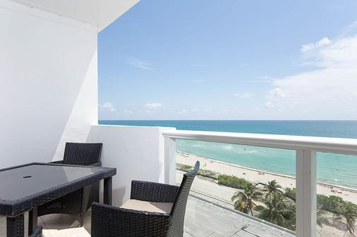 New Point Miami Beach Apartments - Miami Beach - Balcony