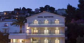 Hotel Baptistin - Le Lavandou - Edificio