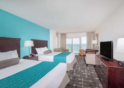 Howard Johnson by Wyndham Ocean City Oceanfront - Ocean City - Bedroom