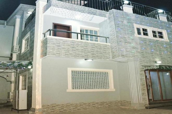 Platinum Inn Gee Hotel - Surulere - Building