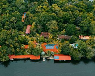 La Baula Lodge - Tortuguero - Außenansicht