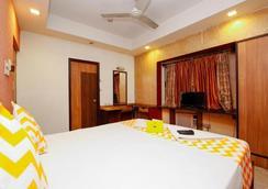 巴里貢格 - 拉特納卡爾法布飯店 - 加爾各答 - 臥室