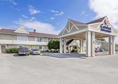 Comfort Inn & Suites - Collingwood - Rakennus