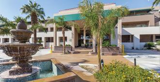 Worldmark Palm Springs - Palm Springs - Building
