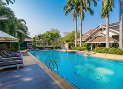 Le Charme Sukhothai Historical Park - Sukhothai - Pool