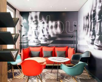 ibis La Rochelle Centre Historique Hotel - La Rochelle - Sala de estar