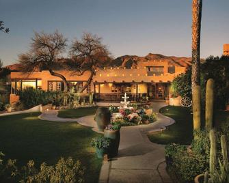 Hacienda Del Sol Guest Ranch Resort - Tucson - Building