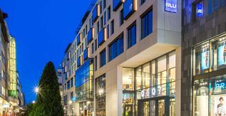 Radisson Blu Hotel, Mannheim - Mannheim - Edificio
