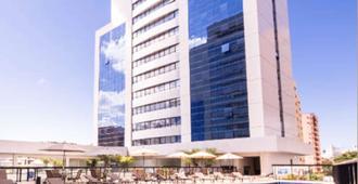 Quality Hotel São Salvador - Salvador de Bahía - Edificio