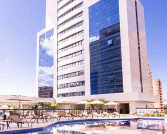 Quality Hotel São Salvador - Salvador - Building