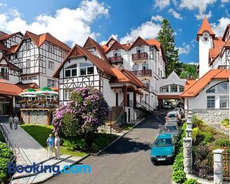 Park Hotel Kur & Spa - Świeradów-Zdrój - Building