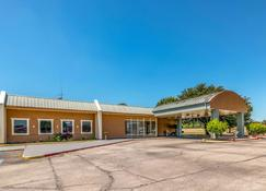 Quality Inn Gainesville - Gainesville - Building