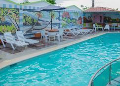 Aparta Hotel Don Olivo - Hato Mayor del Rey - Piscina