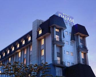 Hotel Dafam Semarang - Semarang - Toà nhà