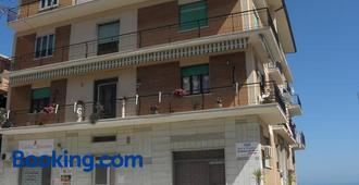 Terrazza Sul Mare - Giulianova - Edificio