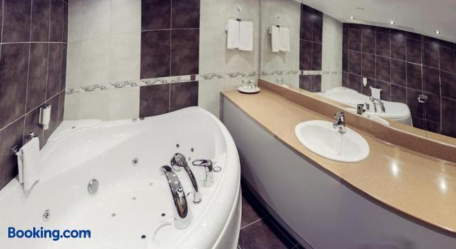 Park Hotel Latgola - Daugavpils - Bathroom