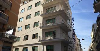 Barsotti Hotel - Brindisi - Edifício