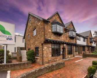 Leisure Inn Penny Royal Hotel & Apartments - Launceston - Building