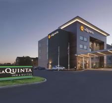 La Quinta Inn & Suites by Wyndham Terre Haute