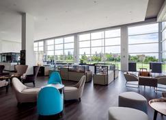 Pullman Miri Waterfront - Miri - Lounge