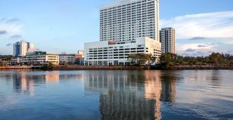 Pullman Miri Waterfront - Miri - Bygning