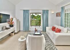 Calabash Luxury Boutique Hotel - St. George's - Living room