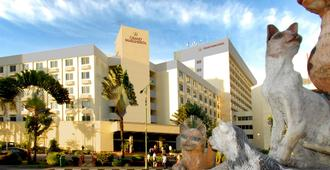 Grand Margherita Hotel - Kuching - Rakennus