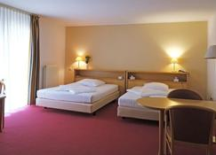 Eurotel am Main Hotel & Boardinghouse - Offenbach am Main - Bedroom