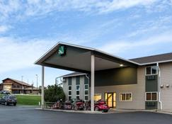 Quality Inn - Spearfish - Building