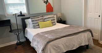 Cozy, Private, Pool House Studio - Memphis - Habitació