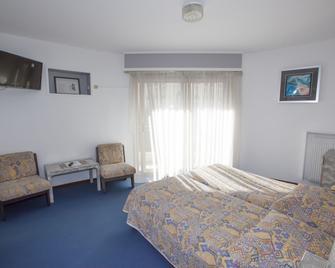 Hôtel Moderne - Menton - Bedroom