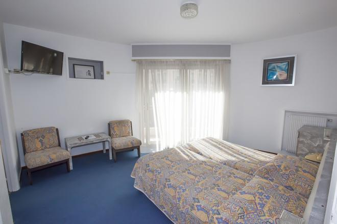 現代酒店 - 門頓 - 芒通 - 臥室