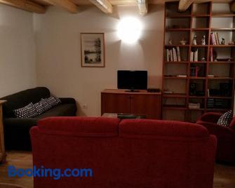Chalet La Nos - Molina di Ledro - Living room