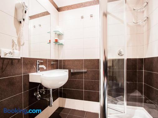 Maison Trevi - Rome - Bathroom