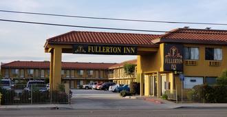 Fullerton Inn - Fullerton - Edificio