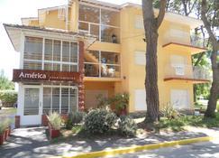 America Apartamentos Pinamar - Pinamar - Building