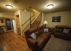 A Well Kept Secret. Great For Skiers, Hikers, Or Romantic Getaway - Packwood - Living room
