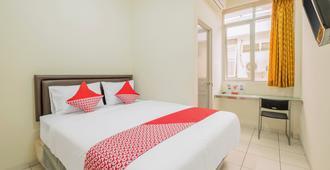 OYO 818 Micasa Residence - Bandung - Bedroom