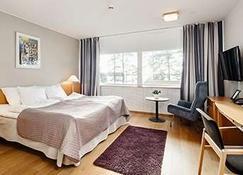 Hotel Rantapuisto - Helsinki - Camera da letto
