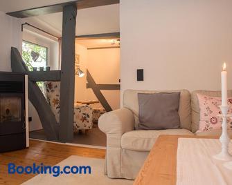 Ferienwohnung Sonnentau 1 - Holzminden - Wohnzimmer