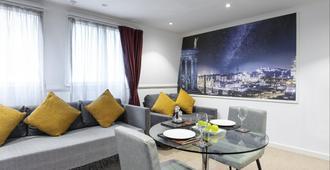 Stewart by Heeton Concept - Edinburgh - Bedroom