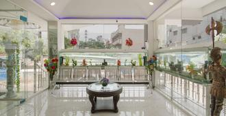 Oyo 13062 Kamala Residency-Inn - Hyderabad - Lobby