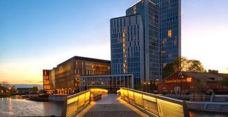 Clarion Hotel & Congress Malmo Live - Malmo - Edificio