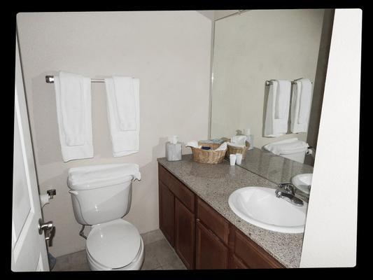 雅典套房酒店 - 休士頓 - 休斯頓 - 浴室
