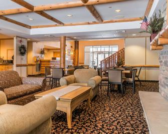 Rodeway Inn And Suites Tomahawk - Tomahawk - Лоббі