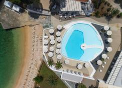 Marpunta Village Club - Patitiri - Pool
