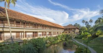 Anantara Kalutara Resort - Калутара
