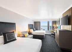 Motif Seattle, a Destination by Hyatt Hotel - Seattle - Bedroom